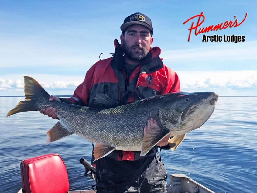 Lake trout fishing in Northwest Territories