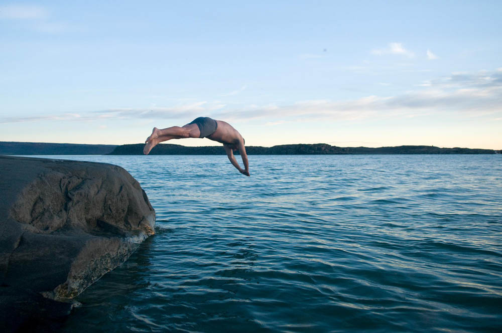 Swimming at Tree River - Plummer's Arctic Fishing Lodges