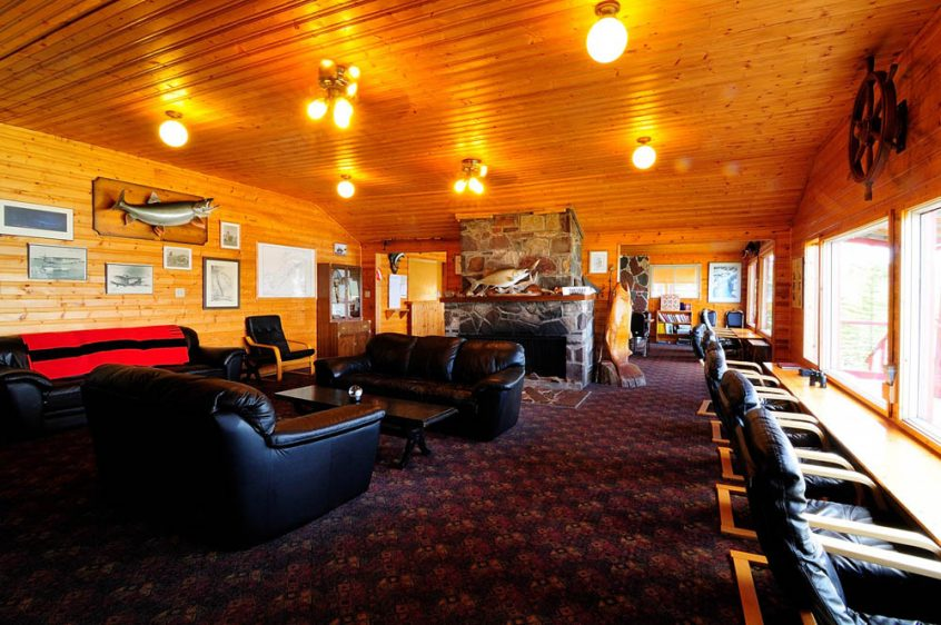 Plummer's Great Slave Lake Lodge Lounge